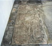 Knight and dog slab, Scarle church
